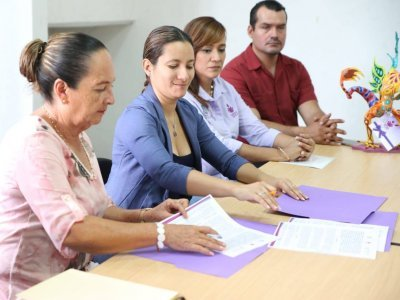 """<a href=""""/noticias/convenio-educativo-ineea-mazatepec"""">CONVENIO EDUCATIVO INEEA – MAZATEPEC </a>"""