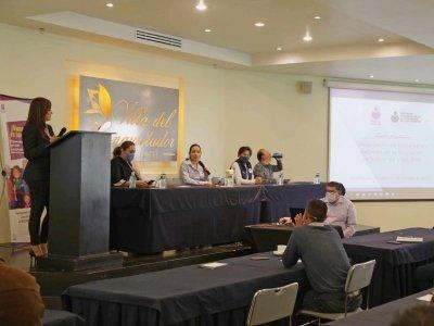 """<a href=""""/noticias/conversatorio-adaptacion-de-estrategias"""">CONVERSATORIO ADAPTACIÓN DE ESTRATEGIAS</a>"""
