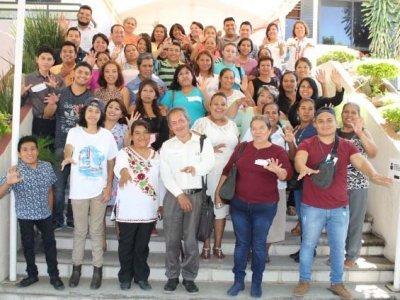 """<a href=""""/noticias/talleres-regionales-para-figuras-solidarias"""">Talleres Regionales para Figuras Solidarias</a>"""