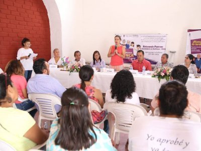 """<a href=""""/noticias/suma-de-esfuerzos-educativos-ineea-xochitepec"""">SUMA DE ESFUERZOS EDUCATIVOS INEEA-XOCHITEPEC</a>"""